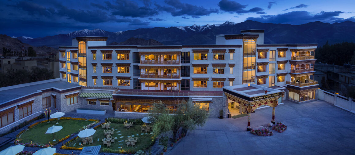 Top 5 Resorts to Experience Snow
